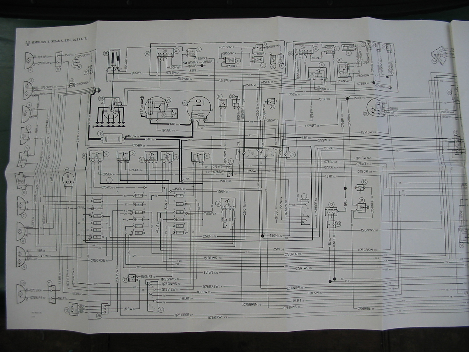 foren system von bmw 3er club e21 e30 e v und bmw baur. Black Bedroom Furniture Sets. Home Design Ideas
